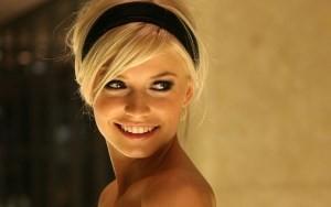 привлекательная девушка
