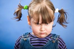 возмущенный ребенок