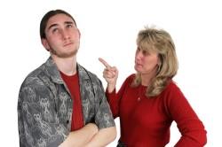 Плохие отношения с матерью у инфантильного мужчины