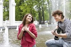 Романтические сюрпризы - признак влюбленности