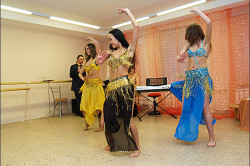 Восточные танцы для поднятия настроения
