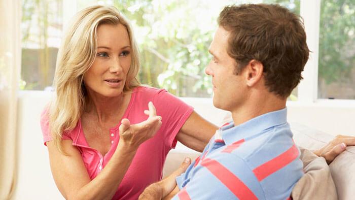 Женский голос при общении с мужчиной