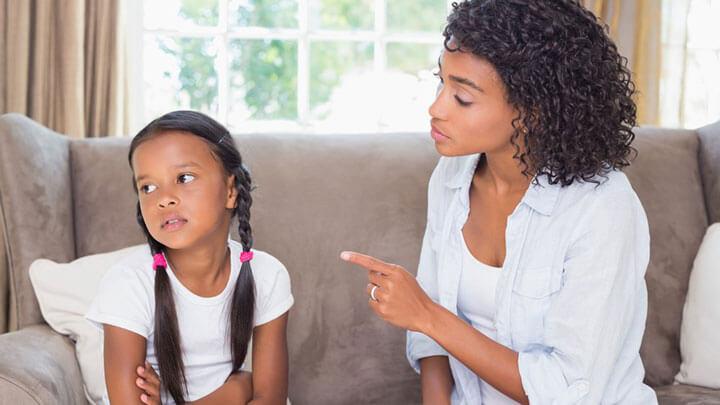 Конфликт родителей с ребенком