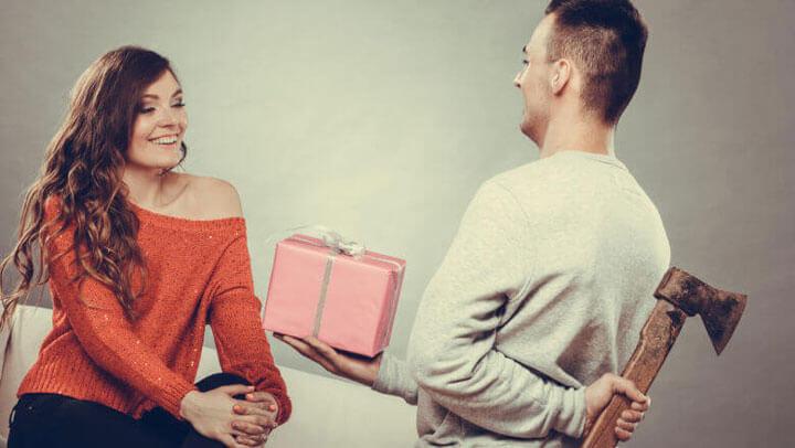 Манипуляции между мужчиной и женщиной